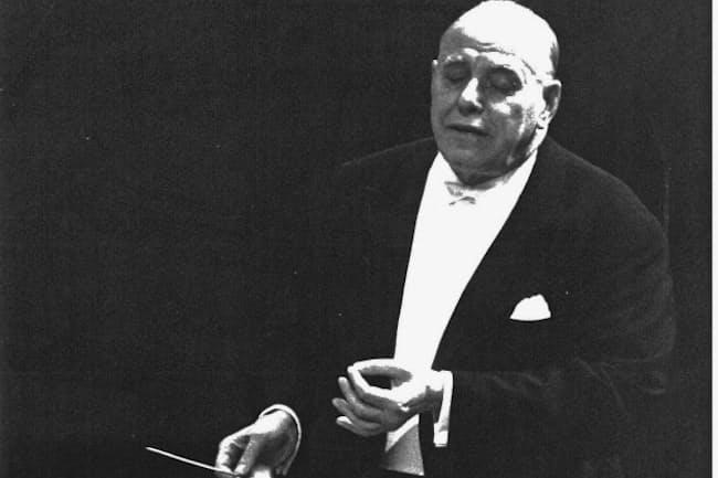 NHK交響楽団を指揮するロヴロ・フォン・マタチッチ(1966年12月28~30日、東京厚生年金会館大ホールのベートーヴェン「第9」演奏会=提供・NHK交響楽団)