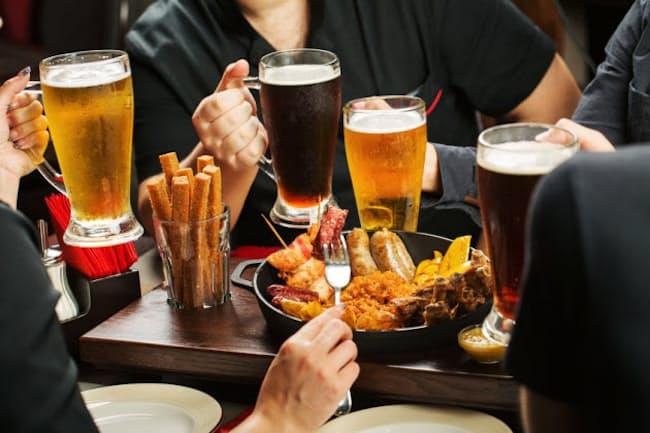 飲み過ぎ、食べ過ぎが続いて、体重や脂質を気にしている人も少なくないのでは? 写真はイメージ=(c)kaninstudio -123rf