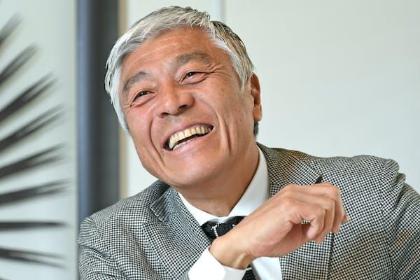 1958年新潟市生まれ。慶応大学から東芝を経てプロ野球ヤクルトへ。引退後はスポーツライター、キャスターとして活動する。新潟市が運営する新潟市サポーターズ倶楽部の会長も務める