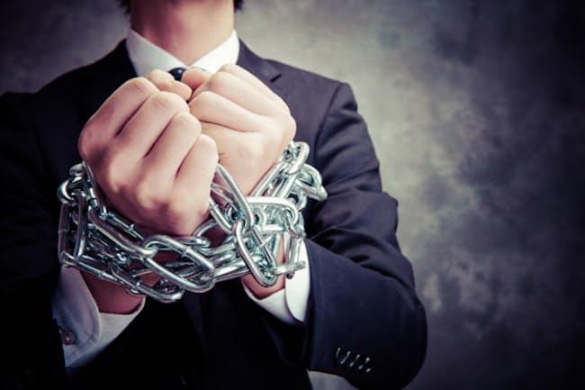 豊かな人生を送るためには、会社の「飼い殺し」から逃れることが必要。写真はイメージ=PIXTA
