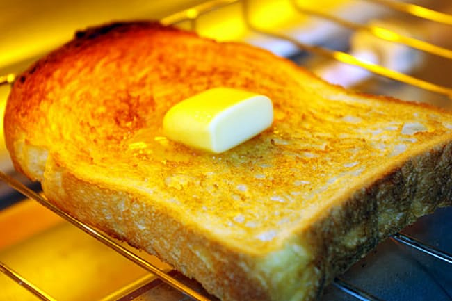 トースト、譲れぬこだわり=PIXTA