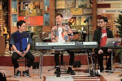 『関ジャム 完全燃SHOW』(日曜23時10分/テレビ朝日系) 2017年6月18日放送回では、音楽プロデューサーの、いしわたり淳治(左)、蔦谷好位置(中)、tofubeats(右)が出演。「2017年上半期ベストソング」を独自の視点で紹介した