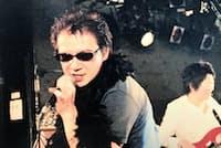 渋谷パルコ時代に会社の仲間とバンド活動をするなど交流を深めた