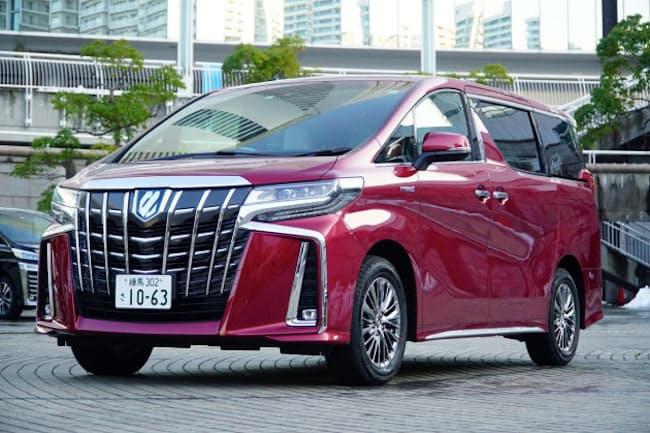 2018年1月8日に発売されたトヨタ「アルファード」(税込み335万4480~750万8160円)