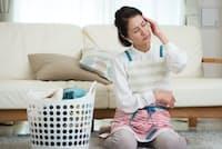 干して畳む手間もあり、洗濯はかなり時間のかかる家事だ。写真はイメージ=PIXTA