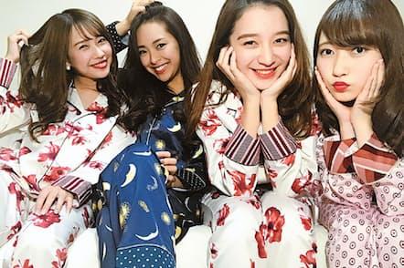インスタグラムのトレンドがナチュラルさに移りパジャマパーティーをする若い女性が増加。服はファストファッションでそろえるのが決まりに