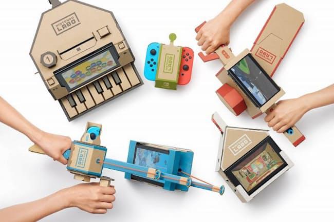 任天堂が発売予定の「Nintendo Labo」は同こんされた段ボール、ひも、輪ゴムなどを使って組み立てたパーツとNintendo Switchを組み合わせて遊ぶ。写真は「Nintendo Labo Toy-Con 01: Variety Kit」 (C)2018 Nintendo