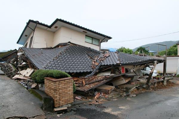 2016年4月に発生した熊本地震では住宅被害が18万棟を超えた(熊本県益城町)