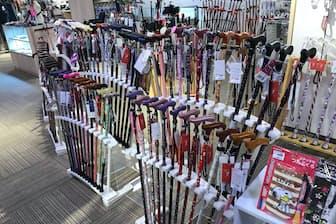 イオン葛西店(東京・江戸川)のファンタステッキには常時300本の杖がある