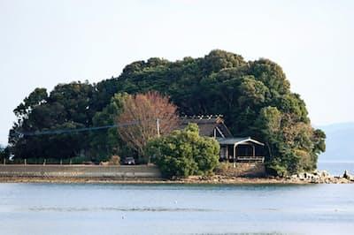 邦久庵は霞が関ビルなどを設計した池田武邦さんが2001年に77歳で建て、東京に戻るまでの8年間を過ごした。有志が保存に取り組み、年数回の一般公開時に見学可能