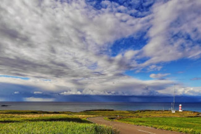 宗谷岬(北海道稚内市)から北を望む=小山隆史撮影