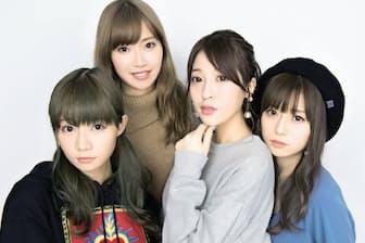 左から、ベースのあいにゃん(山内あいな)、ドラムのひなんちゅ(梅村妃奈子)、ギター&ボーカルのすぅ(吉田菫)、キーボードの ゆかるん(黒坂優香子)。3月18日から全32公演の全国ツアーを開催