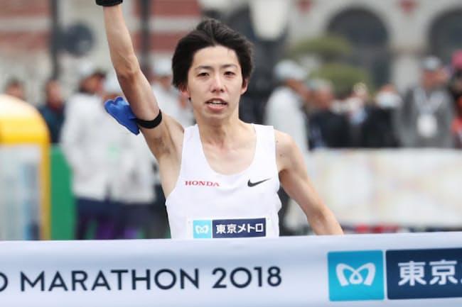 東京マラソン2018で日本新記録をマークする快走を見せた設楽悠太選手