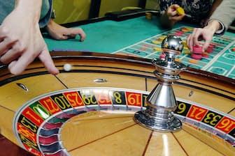 カジノ解禁でギャンブル依存症になる人は増えるのか