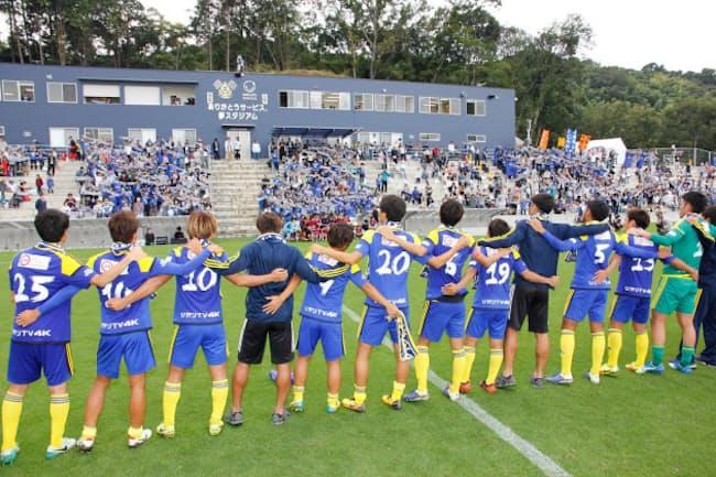 J3仕様の「ありがとうサービス.夢スタジアム」。5000人の観客を収容できる(写真:FC今治)