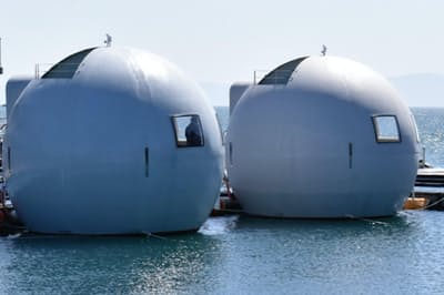ハウステンボスの水上ホテルは2艇あり、夏にも本格運航する