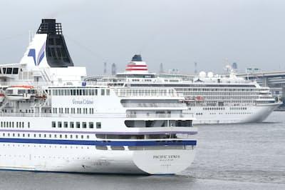 最近人気が高まっているクルーズ船を利用する(横浜市)