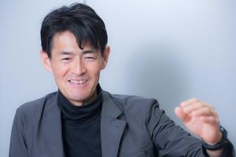 49歳の今も現役のプロトレイルランナーとして過酷なレースに参加する鏑木毅さん、まさに「疲れ知らず」の人と言っていい
