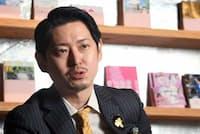 歌舞伎町の未来について語る手塚マキ氏