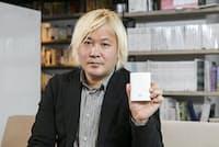 今回紹介するのは津田氏が先日、香港へ持っていった二刀流のデジタルガジェットだ