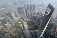 中国の経済発展も投信の収益拡大に寄与している(上海の金融街)