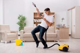 高性能掃除機なら家事も楽しくなる(写真はイメージ=PIXTA)
