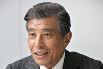 1950年名古屋市生まれ。76年「暴力教室」で俳優デビュー。「西部警察」「あぶない刑事」シリーズなどに出演。WOWOWで放映中の「連続ドラマW 60誤判対策室」に刑事役で主演。