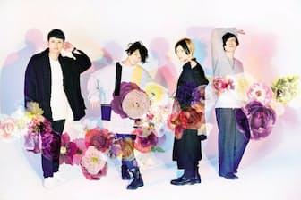 左から西尾健太(ドラム)、滝口大樹(ベース)、横山直弘(ボーカル&ギター)、秋月琢登(ギター)。2013年に大阪で結成