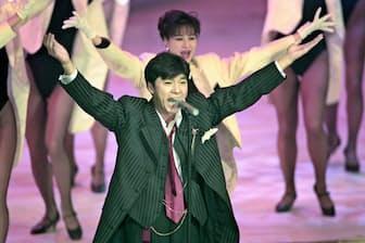 急逝した西城秀樹さんは2度の脳梗塞に襲われていた(写真は1994年12月、第45回NHK紅白歌合戦での様子)=共同