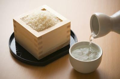 コメを原料とする日本酒 写真はイメージ=PIXTA