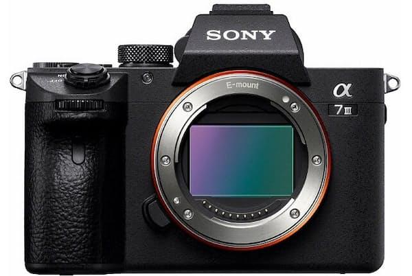 ソニーのフルサイズミラーレス一眼カメラ「α7 III」は、先代モデルから機能、スピード、画質のいずれも大きく向上した魅力的なカメラだ