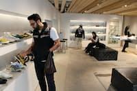 オニツカタイガー「ニッポンメイド」シリーズ初の単独店は内装に「和」を意識した