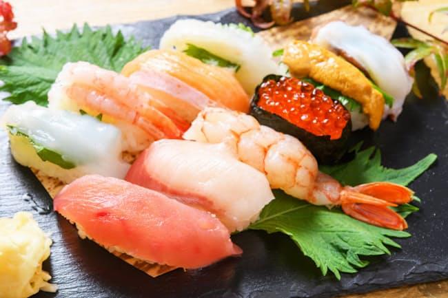 世界でも人気の高い握り寿司(ずし) 写真はイメージ=PIXTA