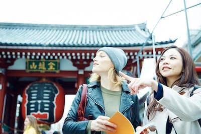 訪日外国人への「おもてなし」って何だろう?(nikkei WOMAN Onlineより)=PIXTA