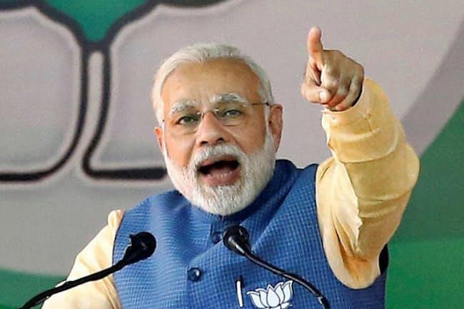インドのモディ政権が進める構造改革が高成長をけん引するとの期待が高まっている=ロイター