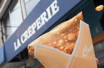「スイーツ系」と「食事系」があるLA CREPERIEのクレープ