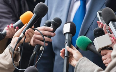 謝罪会見で質問に「調査中です」を繰り返したら、それが事実でも不信感を与えかねない
