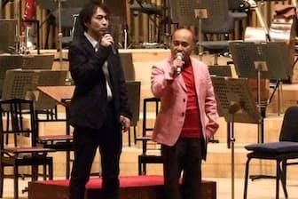京都市交響楽団の定期公演でプレトークする広上(右)=京都市交響楽団提供