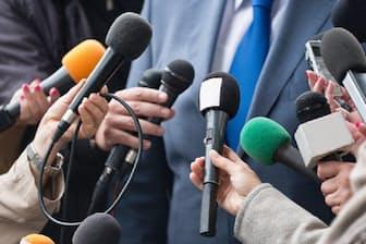 謝罪記者会見での不用意な言動が炎上を招くことが多い