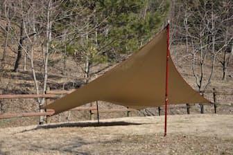 「ポリコットン」素材のテントやタープを見かける率が上がってきている