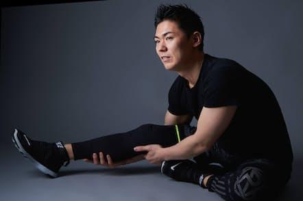 「速トレ+スロトレ」の筋トレ術を提唱するトレーナーの比嘉一雄さん(写真 吉澤咲子、以下同)