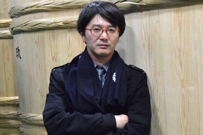 新政酒造の佐藤祐輔社長はジャーナリストから転じた異色の経歴を持つ