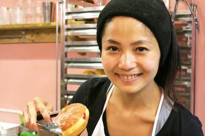 東京・調布市に、都内唯一と言われるポーランド料理専門店「ポンチキヤ」を開いた坂元萌衣子さん