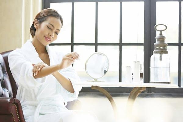 自宅でケアできる美容家電の選択肢が増えてきた(写真はイメージ=PIXTA)