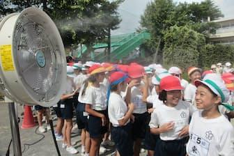 炎天下の運動には十分な注意が必要になる(さいたま市の小学校)