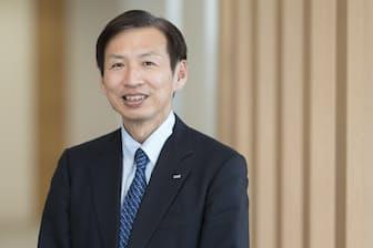 ロート製薬の山田邦雄会長兼最高経営責任者(CEO)(写真:吉村永、以下同)