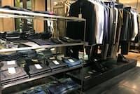 伊勢丹新宿本店メンズ館に並ぶファクトタムのデニム
