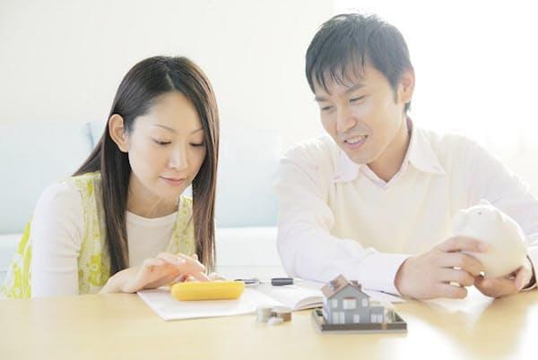 家計簿をつけているのに支出の実態が把握できないと住宅ローンを組むことも難しくなる(写真はイメージ=PIXTA)