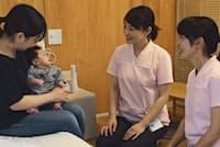 ペンションのような雰囲気の部屋で、助産師と育児不安について話し合える(栃木県さくら市のさくら産後院)