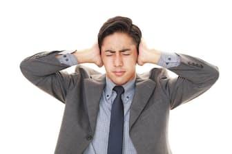 職場の騒音は耳だけでなく血圧やコレステロールにも悪影響を及ぼす?(c)Shojiro Ishihara-123RF